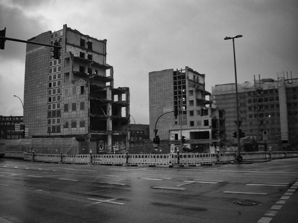 Copyright 2020 - Jacek Urbanczyk